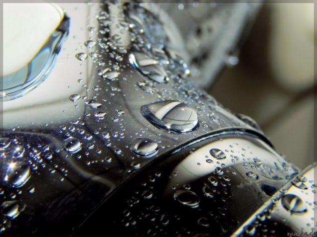 Wassertropfen auf der Duscharmatur